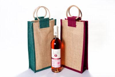 Jutetasche für zwei Flaschen gefärbt